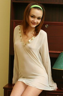 mia-kimmy-nipples