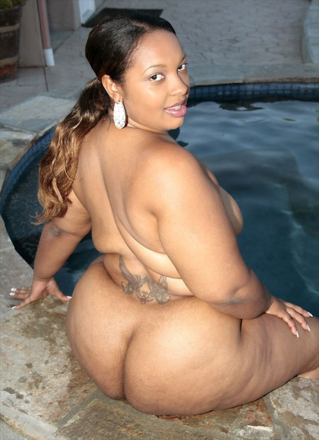 phat-black-freaks-pool-party