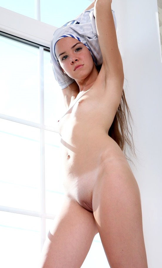 girls-my-sister-friends-naked-guest